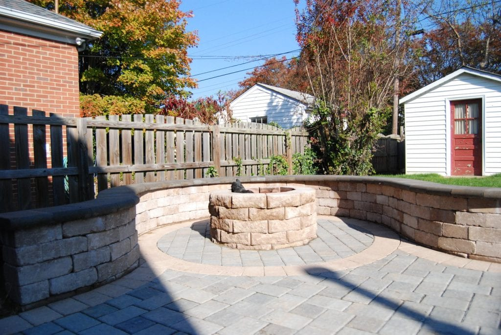 Glen Allen Grounds firepit patio walls